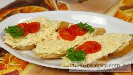 Creamy egg spread